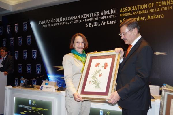 Avrupa Ödülü Kazanan Kentler Birliği, Gertrud Maltz-Schwarzfischer, Melih Gökçek, Ankara, Regensburg