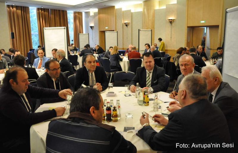 Salih Altuner, Doc. Dr. Kudret Bülbül, Ahmet Külahci, Mehmet Hasan, YTB, Bati Avrupa Yerel Medya Calistayi, Frankfurt